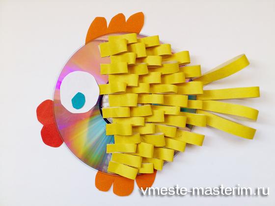 Рыба из цветной бумаги своими руками 37