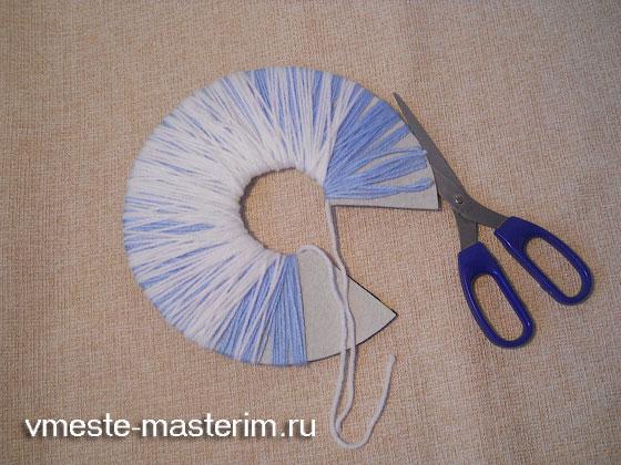 Как связать женские шапочки спицами