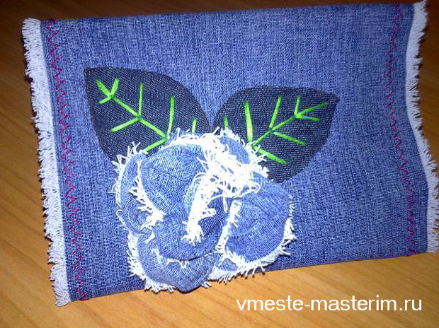 Открытка из джинсовой ткани маме на 8-е марта своими руками