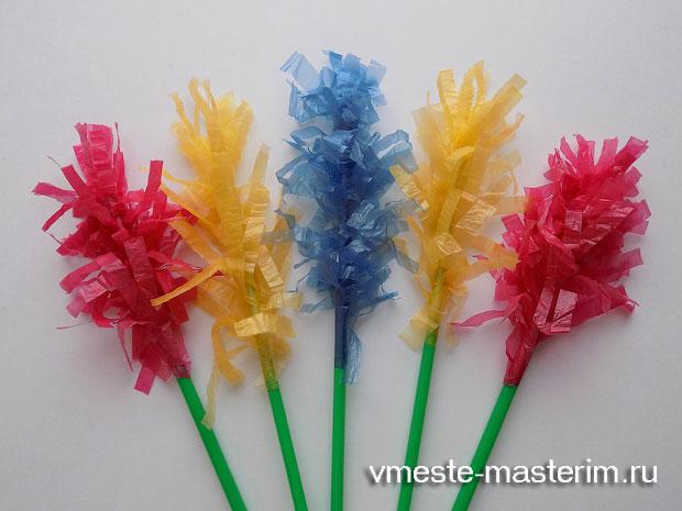 Как сделать цветы из мусорных пакетов пошагово своими руками