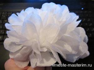 Как сделать цветок из салфетки своими руками: пошаговое фото